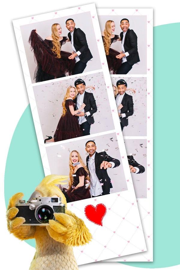 Un cadre photo au format bandelette pour le photobooth de mariage BURDDY